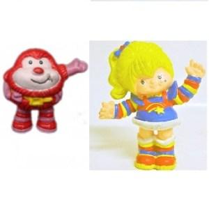 Blondine au pays de l'arc-en-ciel et lutin rouge 2 figurines