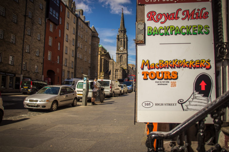 Royal Mile Backpackers Entrance