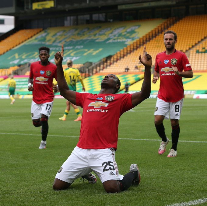 MANCHESTER UNITED BEATS NORWICH CITY TO QUALIFY FOR  F.A CUP SEMI FINALS