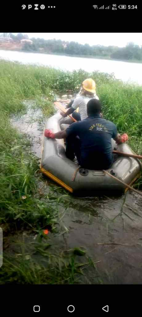 Kwara firemen recover body of 32yr-old victim from river