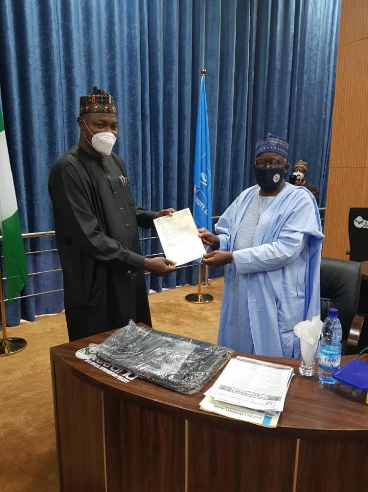 Gambari presents letter of appointment to Bayero varsity's new VC