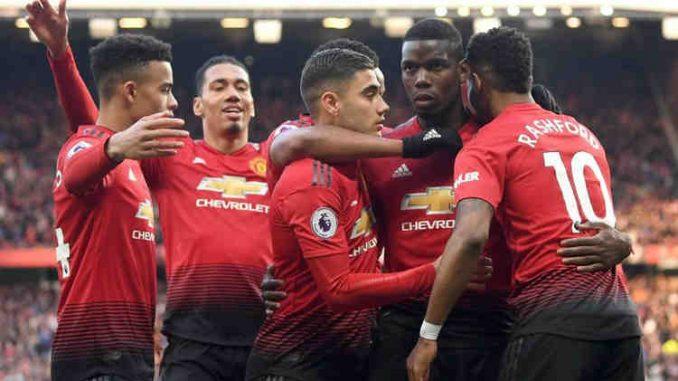 Manchester United move into Europa League last eight