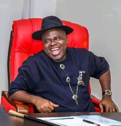 Gov. Diri redeems cash reward offer to Bayelsa athletes, administrators