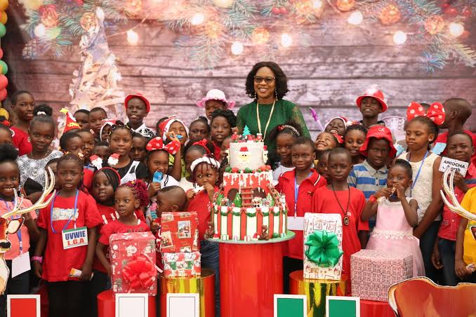 Delta First Lady hosts Christmas, End of Year Party for children