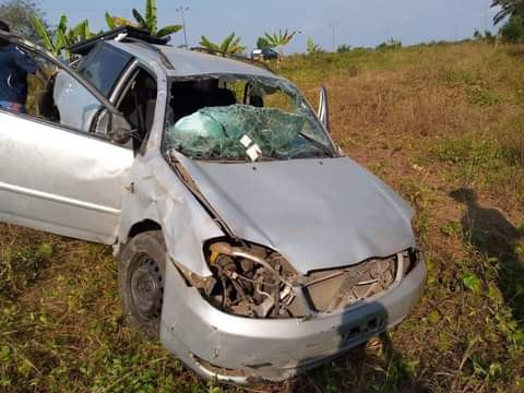 Young Cameroonian lady dies in motor accident five days to her wedding