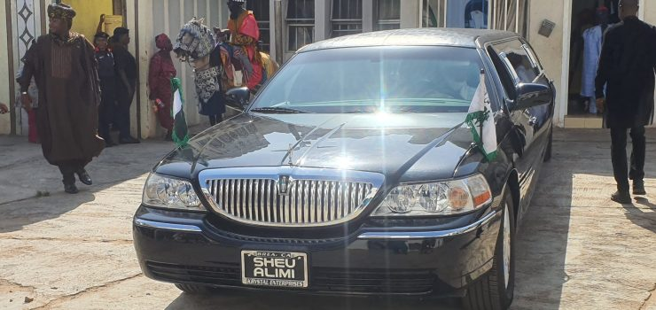 Emir Sulu-Gambari departs for Sallah homage