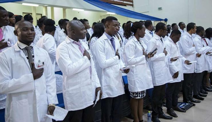 UK govt employs 353 Nigerian doctors in 3months