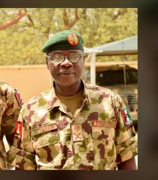Army Chief, Faruk Yahaya visits Plateau, sues for peace