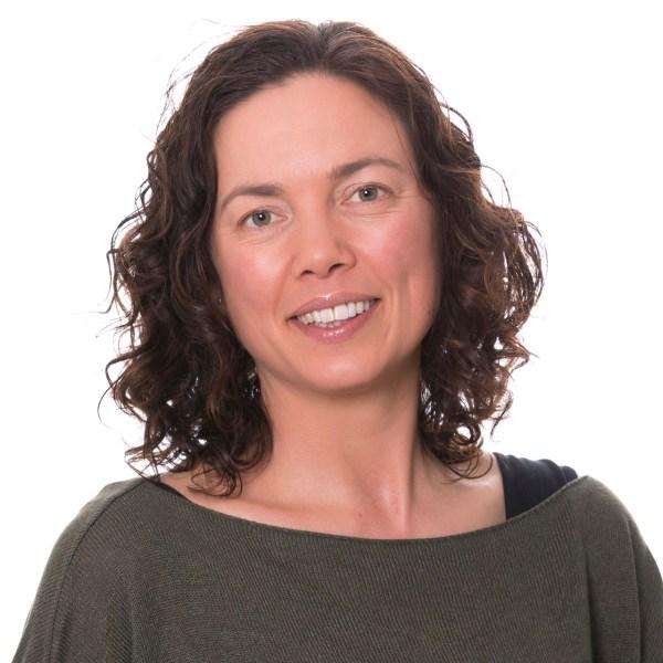 Dr Kate Robins-Browne