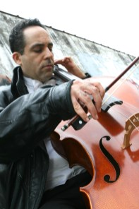 Cellist Roy Harran