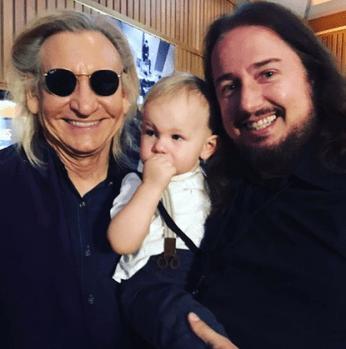 Joe Walsh, Roy Orbison 3 and Roy Orbison Jr