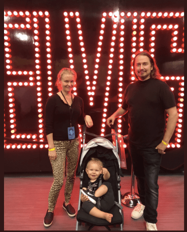 Asa Orbison, Roy Orbison Jr and their son at Graceland, Memphis