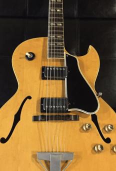 oy Orbison Jr's Gibson ES 175!