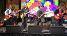 Enjoyed playing at the The Fest For Beatles Fans this weekend with my brother Alex Orbi Orbison, my friend Jeff Slate HQ and his band Birds of Paradox! Thank you New Jersey! 😎