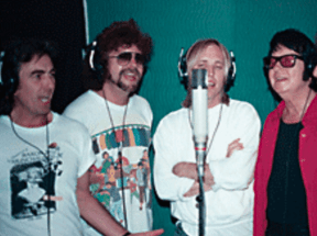 Roy Orbison Jr Published by Åsa Orbison · 23 hrs · Picture of The Traveling Wilburys! (left to right) George Harrison, Jeff Lynne, Tom Petty and the Heartbreakers, Roy Orbison, Bob Dylan