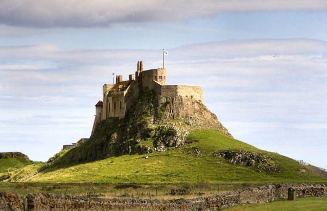 Jednym z najsłynniejszych wikińskich ataków był najazd na Lindisferne