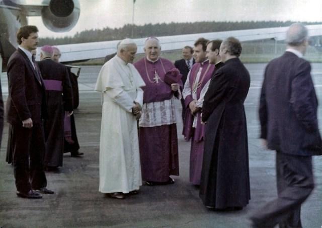 Papież na lotnisku w Gdyni – 11 czerwca 1987