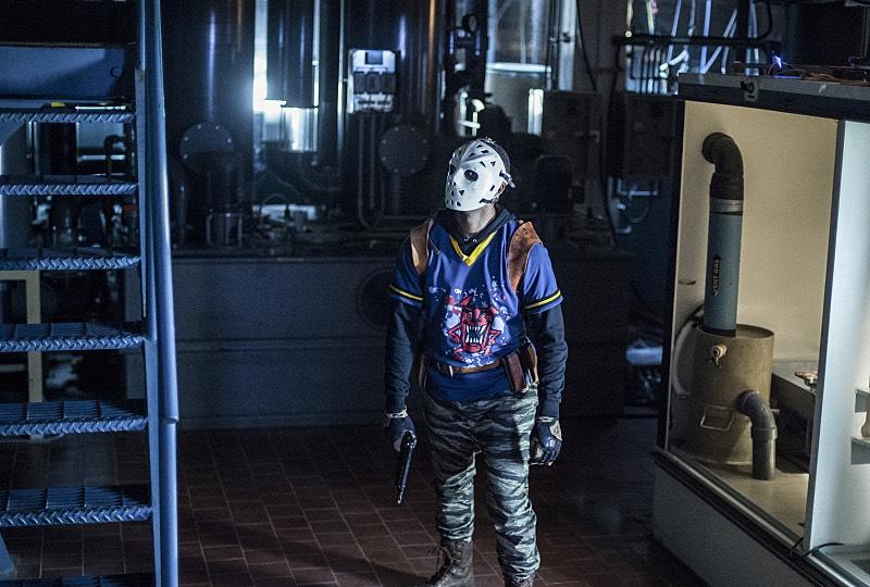 Arrow S05E03 Wild Dog