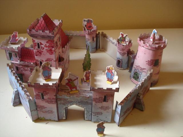 Pensando bem, daria para mestrar um bom combate nesse castelo...