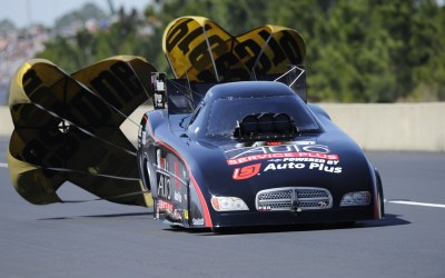 Alexander purchases Stewart's operation, race Funny Car in 2019