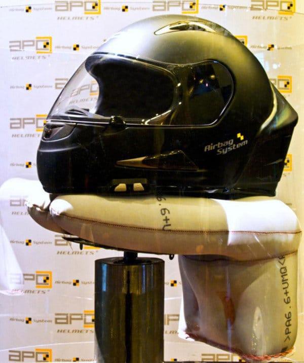 Helm dengan Airbag System
