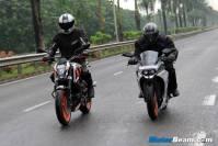 Perbedaan KTM Duke dan KTM RC