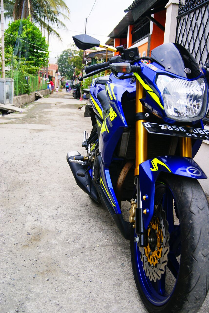 Review New Vixion Lightning 2014