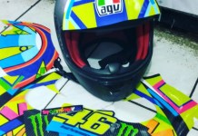 pasang decal helm