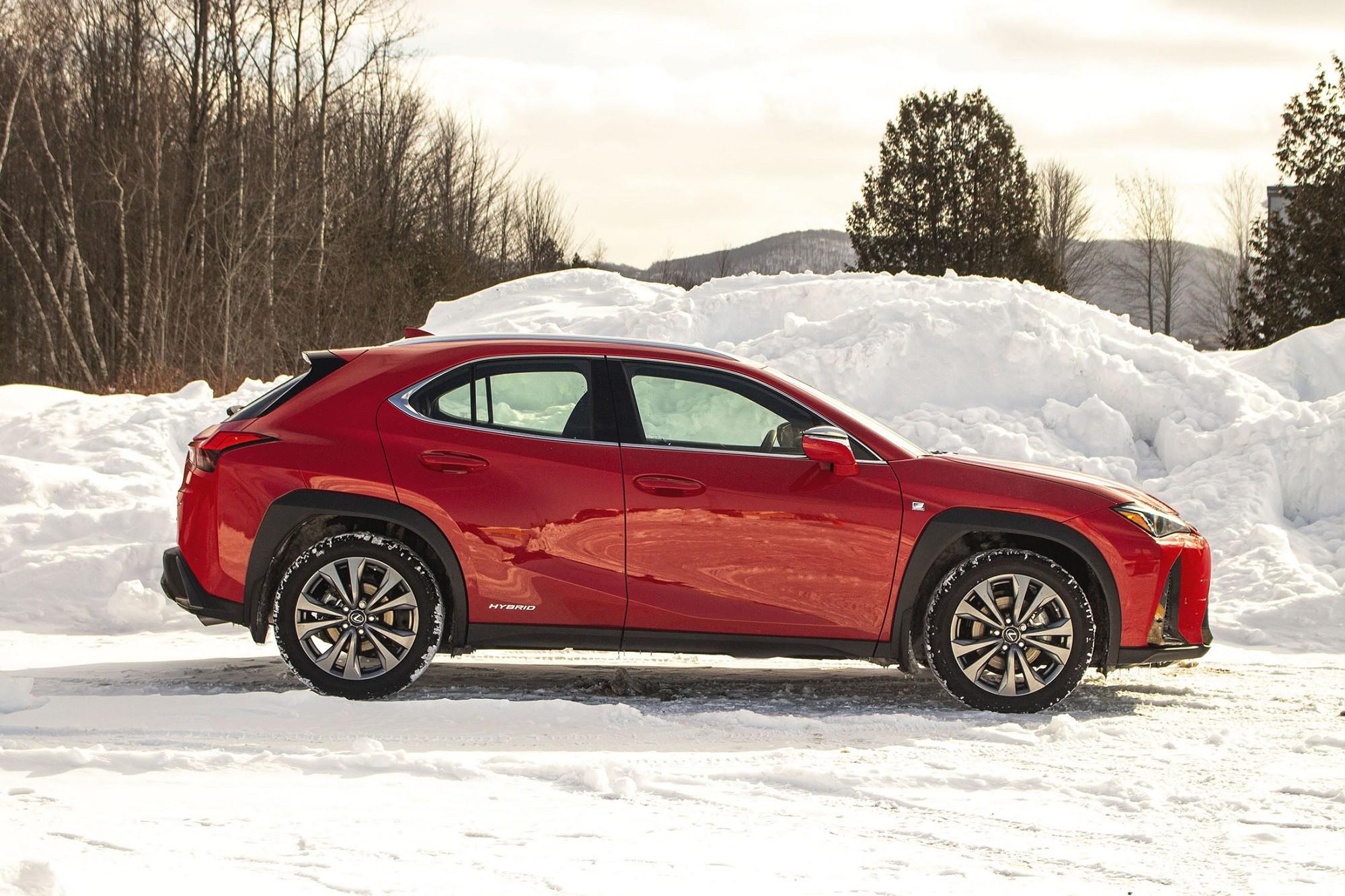 Lexus UX250h 2020 : la CT200h. réincarnée