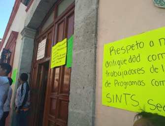 Continúan trabajadores del sindicato independiente de salud con su protesta