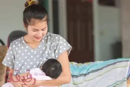الرضاعة الطبيعية في الايام الاولى ونصائح للام البكر