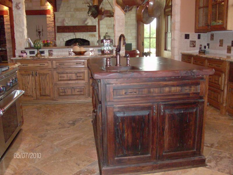 R  R Custom Woodworks  GALLERY Laundry Rooms Old world