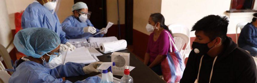 Guatemala concentra más del 51% de casos de COVID-19 del país