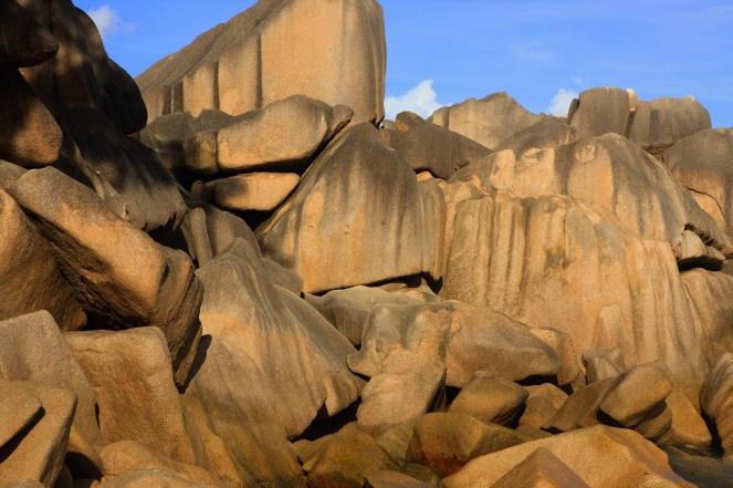 awesome granite boulders piles