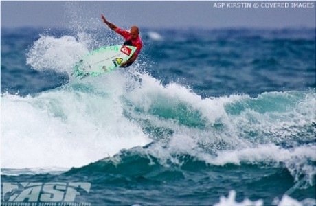 Slater airs his way to a Round 1 win and is one step closer to ASP World Title No. 9.