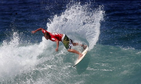 Taj Burrow surfing for Yallingup at the WA leg.