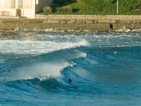 Swell kinda getting in here, but not the top spot on the beaches today.