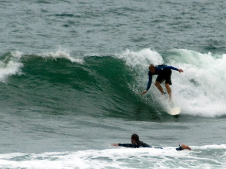 The take off was the high point for this bloke's wave at around 3pm.