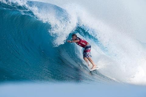 Taj Burrow (AUS), 31, is your 2009 Billabong Pipe Masters Champion. photo: ASP/ CI/ CESTARI via GETTY IMAGES