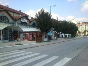 Тржни центар у Севојну