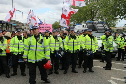 Walthamstow EDL protest: outnumbered by cops, undefeated by Nazis