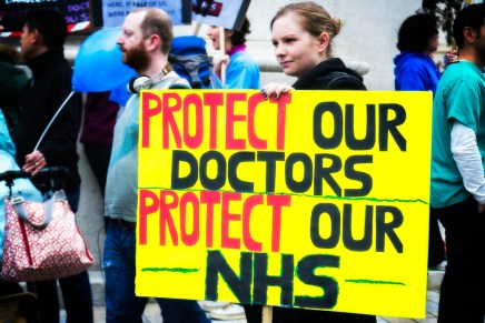 Junior doctors strike: 5 reasons Hunt's contract offer could be rejected