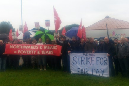 Manchester housing maintenance workers strike