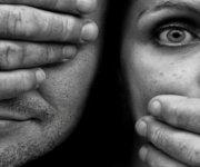 Por qué el maltrato de pareja