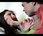 Por qué el hombre maltrata a la mujer