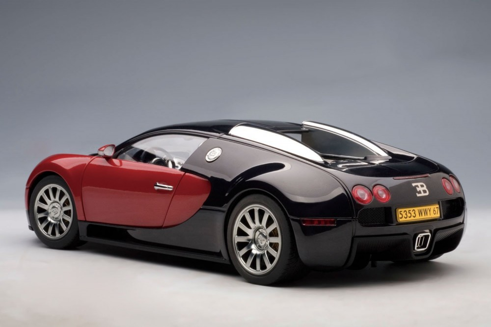 Autoart 125313 Black Red Bugatti Veyron 164 Production