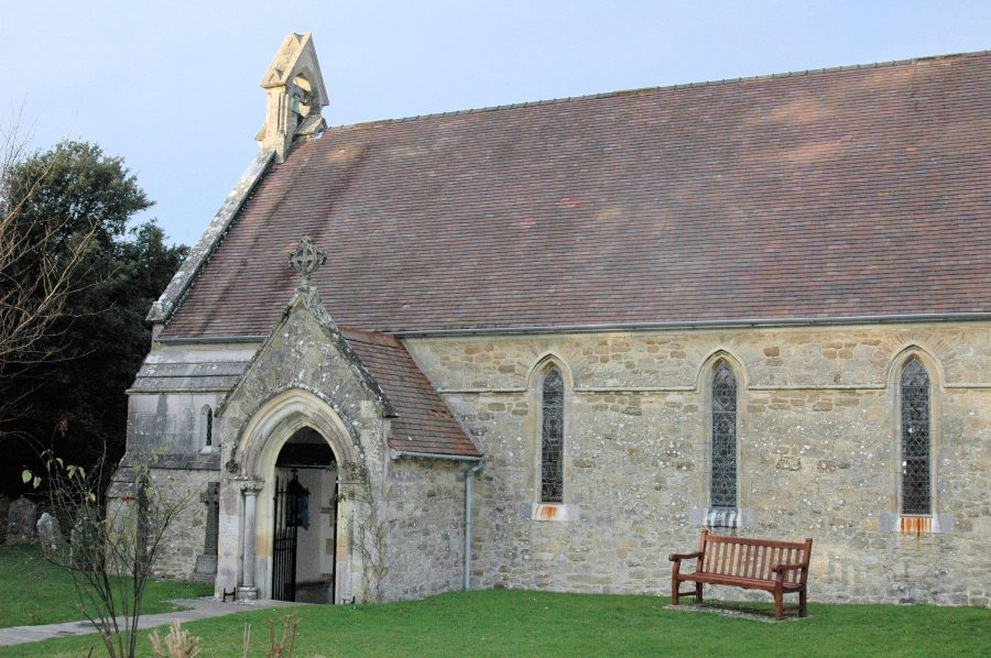 Holy Cross Church, Binstead