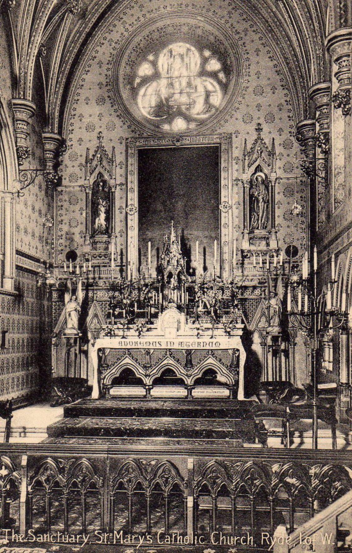 St Mary's Roman Catholic Church interior