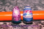Second view of the first attempt of hand-painted earrings. Make, photography and edit by Rose-Sky Journey Pieces. Copyright 2016.