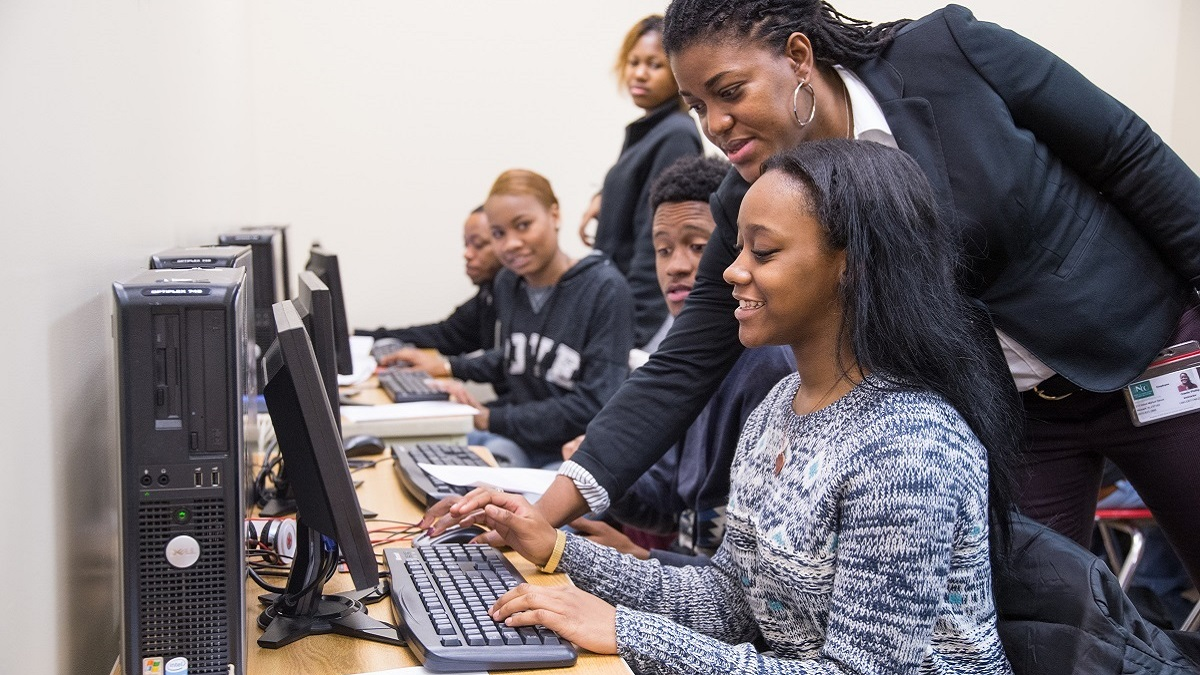 National investment nonprofit Rural LISC brings technology to Alabama communities